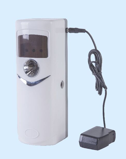 Auto aerosol dispenser with Plug CY744P